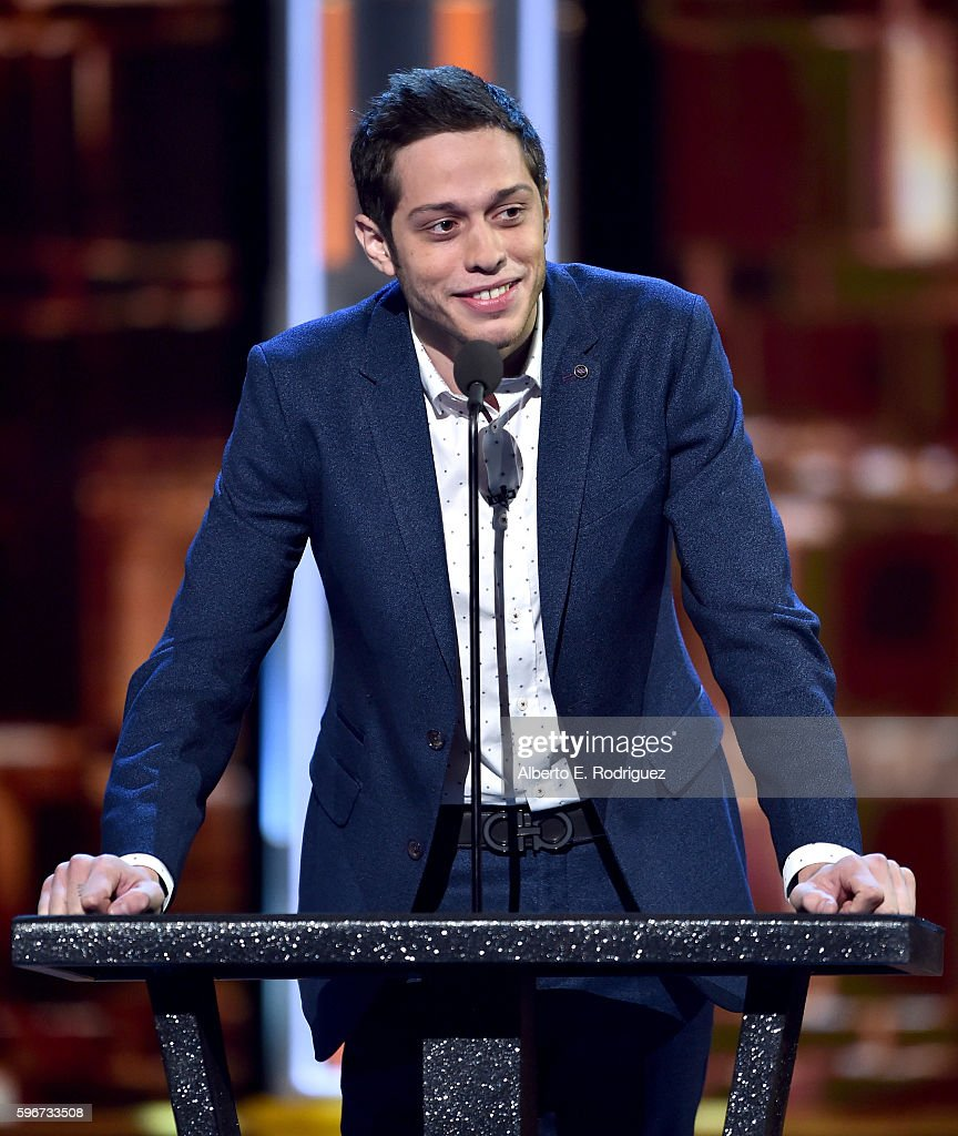 The Comedy Central Roast Of Rob Lowe - Show : News Photo