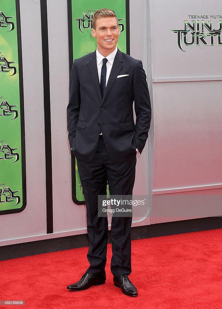 Actor Pete Ploszek arrives at the Los Angeles Premiere of 'Teenage Mutant Ninja Turtles' at Regency Village Theatre on August 3, 2014 in Westwood, California.