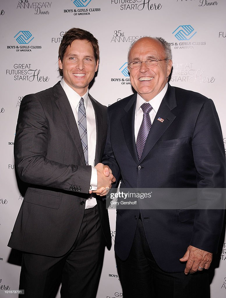 Actor Peter Facinelli (L) and former New York City Mayor Rudolph W. Giuliani attend the 2010 Boys and Girls Clubs of America's Chairman's Gala at The Waldorf Astoria on June 2, 2010 in New York City.