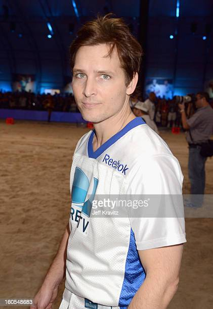 Actor Peter Facinelli attends DIRECTV'S 7th Annual Celebrity Beach Bowl at DTV SuperFan Stadium at Mardi Gras World on February 2 2013 in New Orleans...