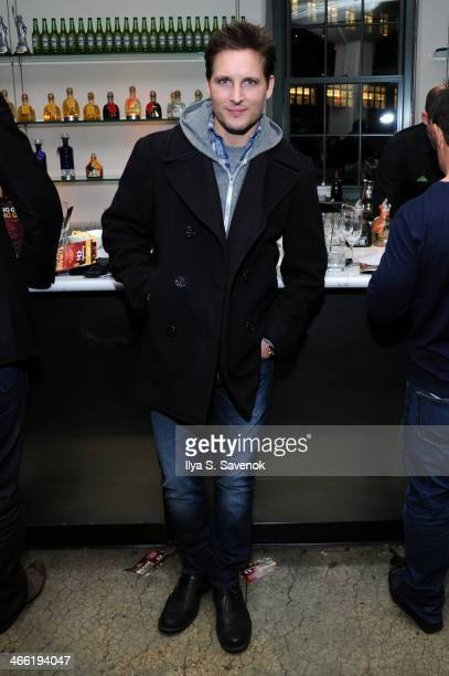 Actor Peter Facinelli attends The 5th Annual Big Game Big Give Benefiting The Giving Back Fund hosted by Alec Baldwin at Tribeca Rooftop on January...