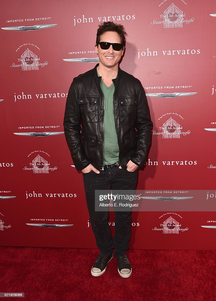 Actor Peter Facinelli attends the John Varvatos 13th Annual Stuart House benefit presented by Chrysler with Kids' Tent by Hasbro Studios at John Varvatos on April 17, 2016 in Los Angeles, California.