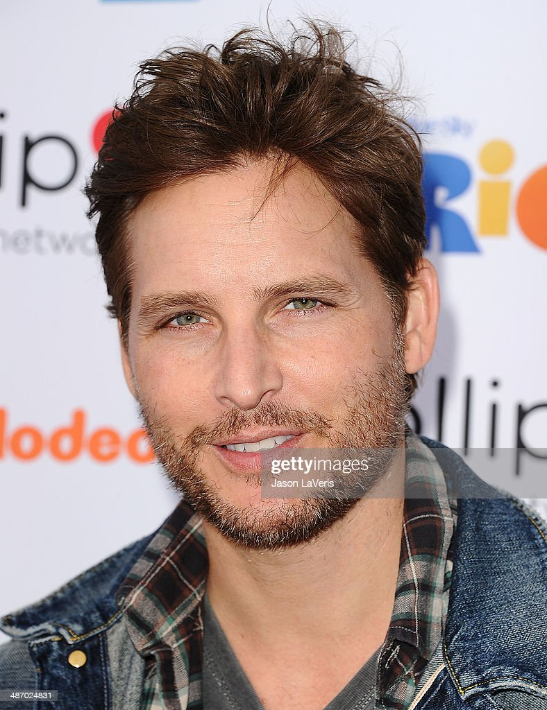 Actor Peter Facinelli attends the Lollipop Theater Network's A Night Under The Stars at Nickelodeon Animation Studio on April 26, 2014 in Burbank, California.