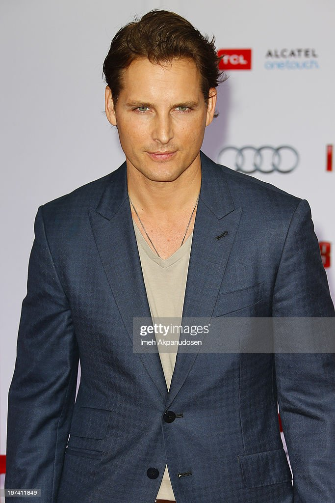 Actor Peter Facinelli attends the premiere of Walt Disney Pictures' 'Iron Man 3' at the El Capitan Theatre on April 24, 2013 in Hollywood, California.