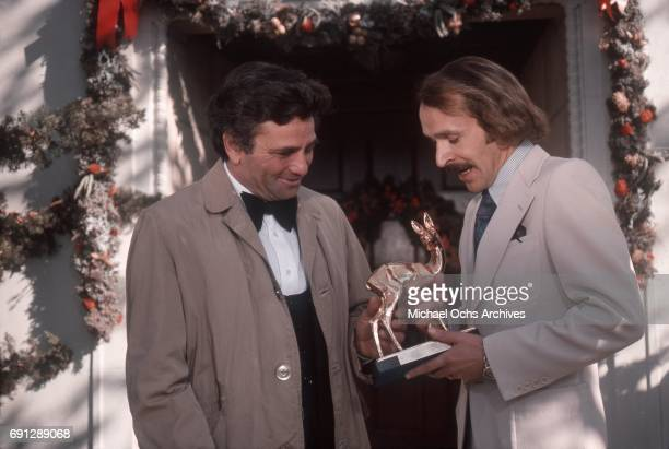 Actor Peter Falk receives the Bambi Award on the set of his TV show Columbo on December 16 1975 in Los Angeles California
