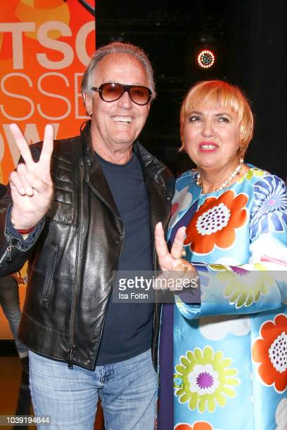US actor Peter Fonda and German politician Claudia Roth during the tv show 'Gottschalks grosse 68er Show' on September 6 2018 in Hamburg Germany