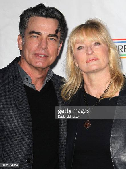 Peter Gallagher Wife
