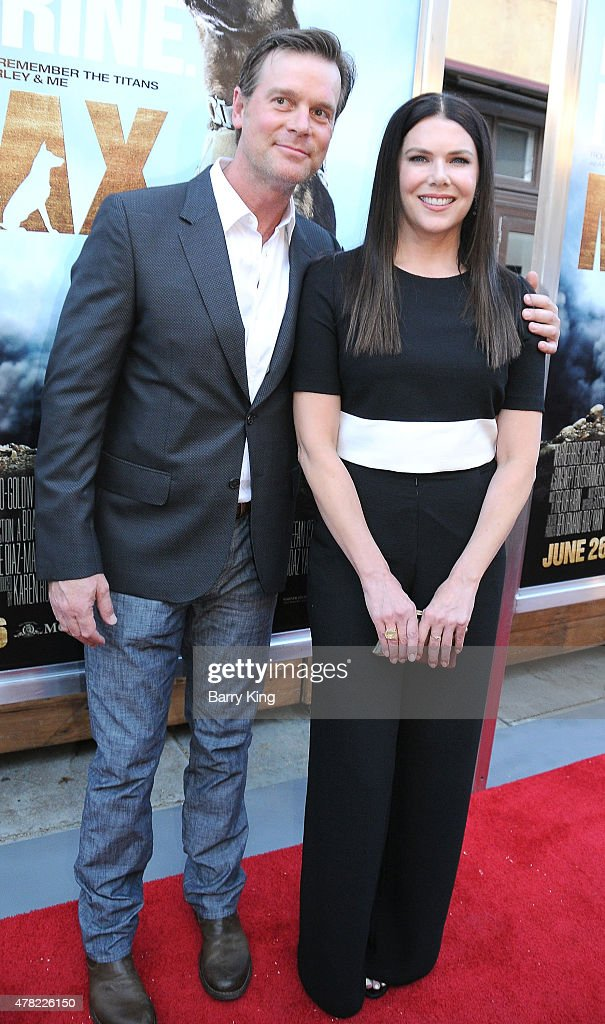 "Premiere Of Warner Bros. Pictures And Metro-Goldwyn-Mayer Pictures' ""Max"" - Arrivals"