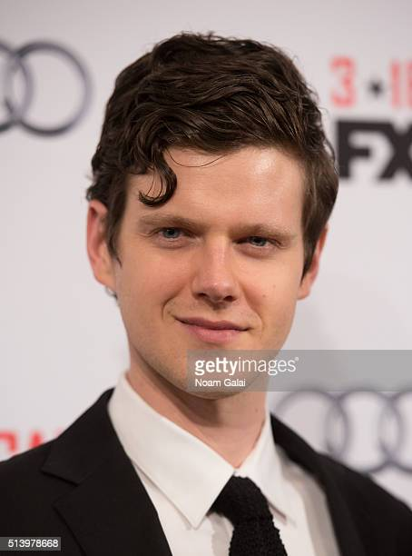 Actor Peter Mark Kendall attends 'The Americans' season 4 premiere on March 5, 2016 in New York City.