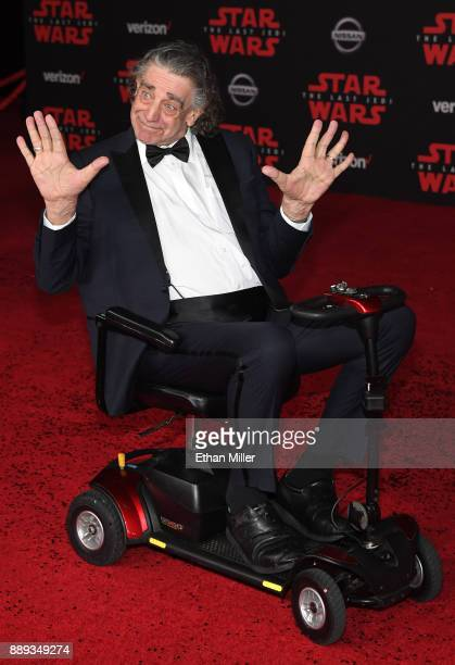"""Actor Peter Mayhew attends the premiere of Disney Pictures and Lucasfilm's """"Star Wars: The Last Jedi"""" at The Shrine Auditorium on December 9, 2017 in..."""
