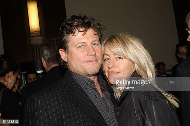 actor Peter Phelps and his wife Donna Fowkes attend the world premiere of the musical Eureka at Her Majesty's Theatre October 8 2004 in Melbourne...