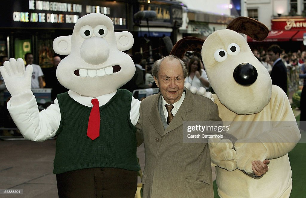 Wallace u0026 Gromit The Curse Of The Were-Rabbit  - Arrivals.    sc 1 st  Getty Images & Peter Sallis Photos u2013 Pictures of Peter Sallis | Getty Images