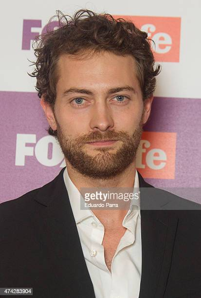 Actor Peter Vives attends 'Atrapa tu momento' competition photocall at Bon Vivant Co bar on May 21 2015 in Madrid Spain