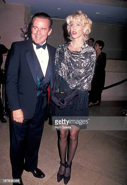 Actor Phil Hartman and wife Brynn attend the 11th Carousel of Hope Ball to Benefit the Barbara Davis Center for Childhood Diabetes on October 28 1994...