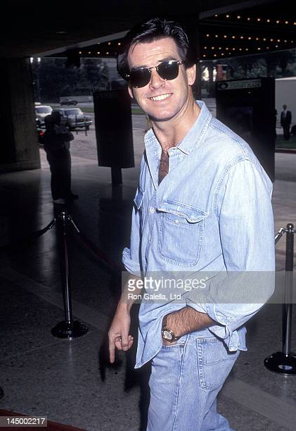 Actor Pierce Brosnan attends the 'Home Alone 2 Lost in New York' Century City Premiere on November 15 1992 at ABC Entertainment Center in Century...