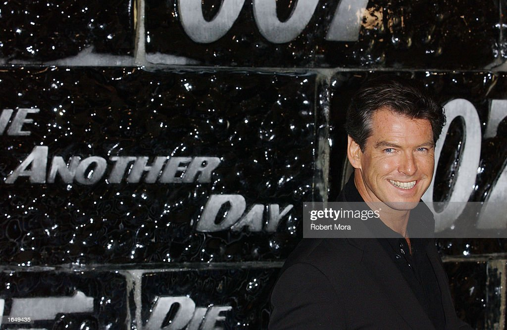 Pierce Brosnan At Special Screening Of Die Another Day : Nieuwsfoto's