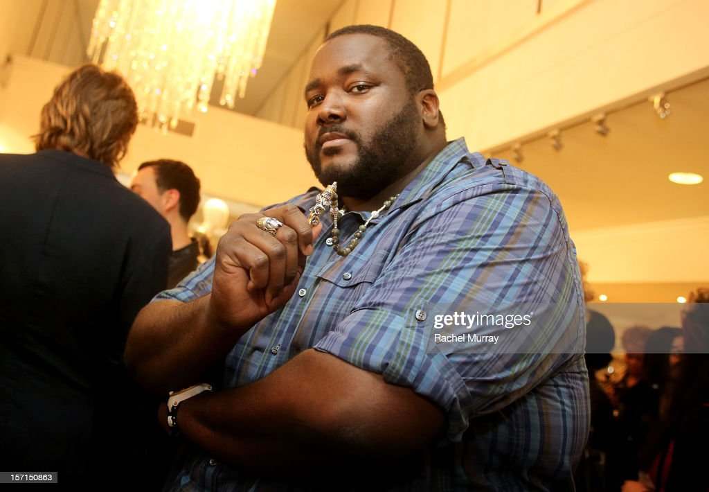 Actor Quinton Aaron attends Kyle By Alene Too holiday shopping event featuring Bullets For Peace benefiting Safe Passage Charity on November 28, 2012 in Beverly Hills, California.