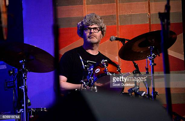 Actor Rainn Wilson from the TV show The Office performs onstage during Creed Bratton's benefit concert for Lide Haiti at the Regent Theater DTLA on...