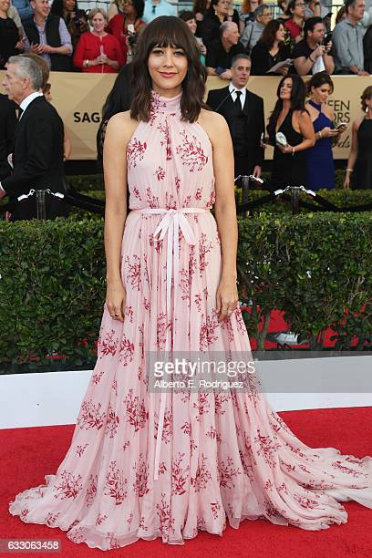 Actor Rashida Jones attends the 23rd Annual Screen Actors Guild Awards at The Shrine Expo Hall on January 29 2017 in Los Angeles California