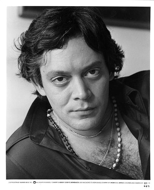 actor-raul-julia-poses-for-a-portrait-on