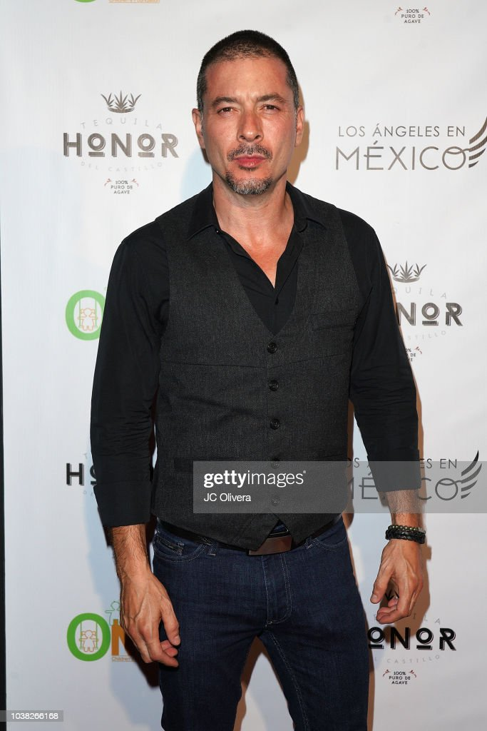 Los Angeles En Mexico - Arrivals