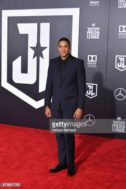 """Actor Ray Fisher attends the premiere of Warner Bros. Pictures' """"Justice League"""" at Dolby Theatre on November 13, 2017 in Hollywood, California."""
