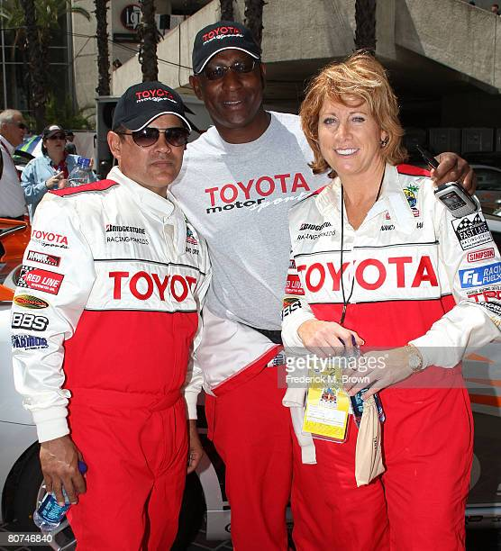 Actor Raymond Cruz former football player Eric Dickerson and former basketball player Nancy Lieberman pose for photographers during practice at the...