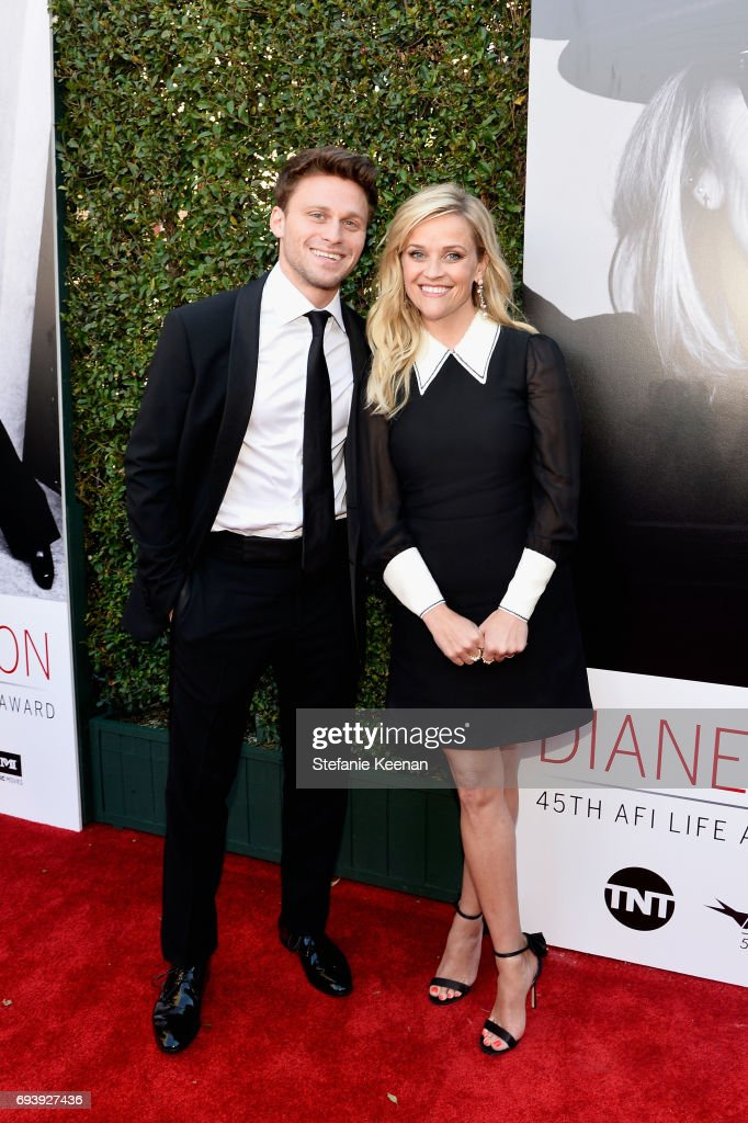 Actor Reese Witherspoon (R) and Jon Rudnitsky arrive at American Film Institute's 45th Life Achievement Award Gala Tribute to Diane Keaton at Dolby Theatre on June 8, 2017 in Hollywood, California. 26658_004
