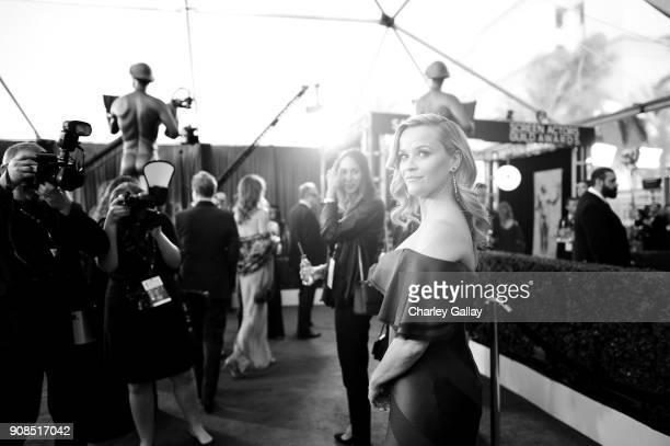 Actor Reese Witherspoon attends the 24th Annual Screen Actors Guild Awards at The Shrine Auditorium on January 21, 2018 in Los Angeles, California....