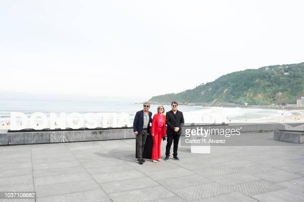 Actor Ricardo Darin actress Mercedes Moran and director Juan Vera attend 'El Amor Menos Pensado' photocall during 66th San Sebastian Film Festival on...