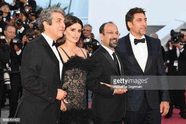 Actor Ricardo Darin actress Penelope Cruz wearing jewels by Atelier Swarovski Fine Jewelry director Asghar Farhadi and actor Javier Bardemattends the...