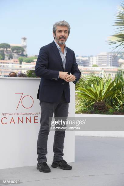 Actor Ricardo Darin attends the 'La Cordillera El Presidente' photocall during the 70th annual Cannes Film Festival at Palais des Festivals on May 24...