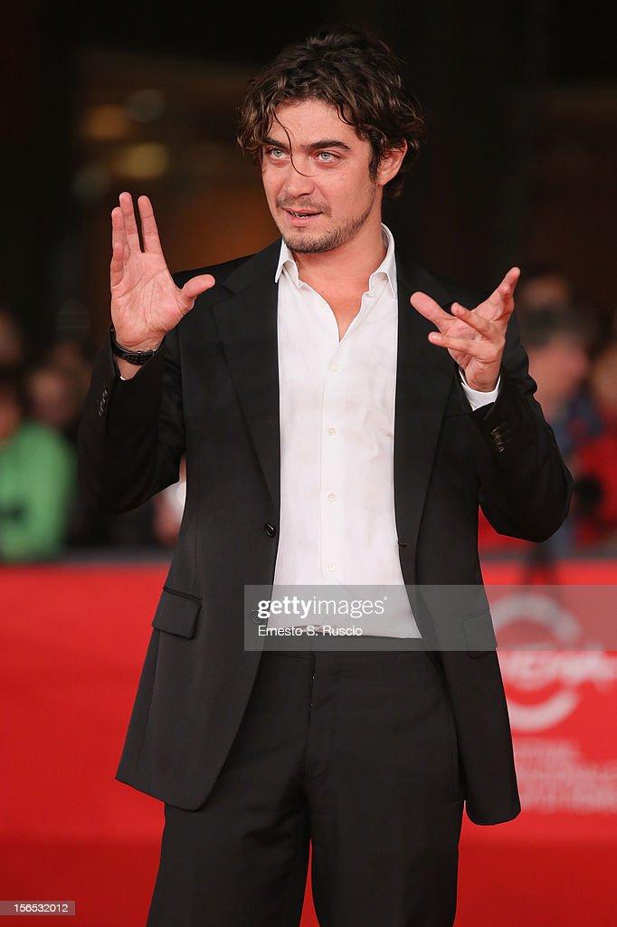 Actor Riccardo Scamarcio attends the 'Cosimo E Nicole' Premiere during the 7th Rome Film Festival at Auditorium Parco Della Musica on November 16, 2012 in Rome, Italy.