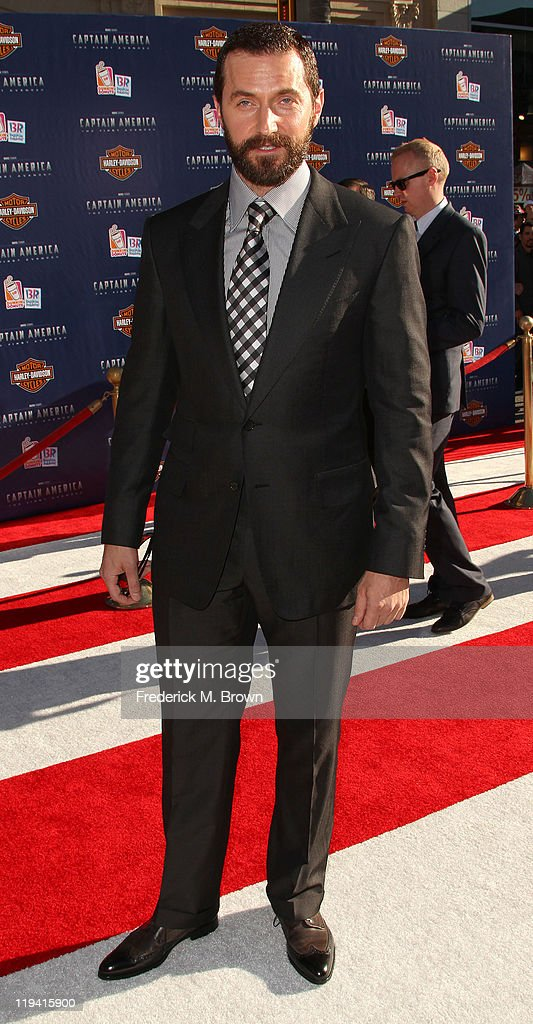 "Premiere Of Paramount Pictures & Marvel Entertainment's ""Captain America: The First Avenger"" - Arrivals : News Photo"