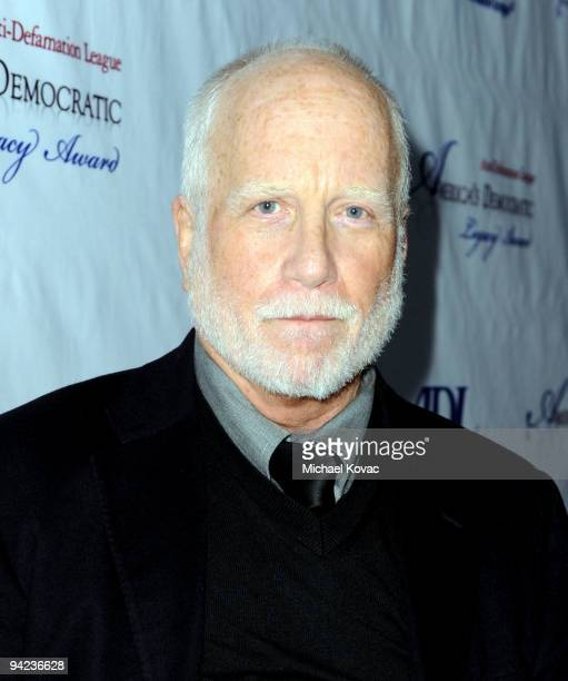 Actor Richard Dreyfuss arrives at the ADL Los Angeles Dinner Honoring Steven Spielberg at The Beverly Hilton Hotel on December 9 2009 in Beverly...