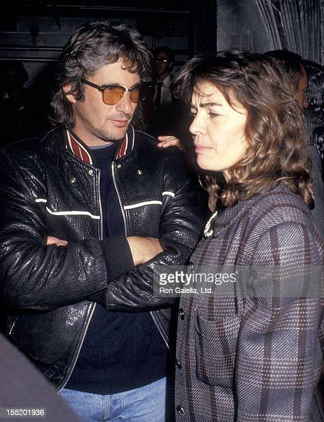 Actor Richard Gere and artist Sylvia Martins attend the Andy Warhol's Memorial Luncheon on April 1 1987 at the Diamond Horseshoe Restaurant in New...