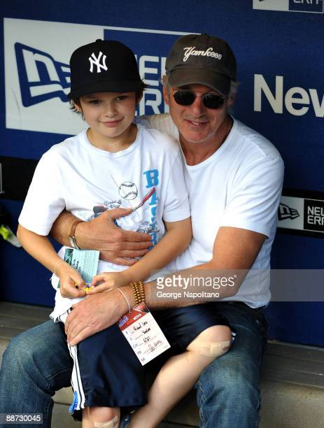 Actor Richard Gere and his son Homer attend the New York Subway Series game between the Mets and Yannkees at Citi Field on June 26 2009 in New York...