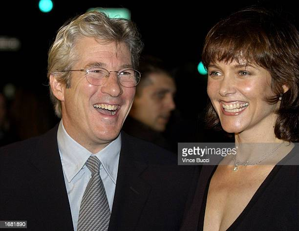 Actor Richard Gere and wife actress Carey Lowell attend the Los Angeles screening of the film 'Chicago' on December 10 2002 in Beverly Hills...