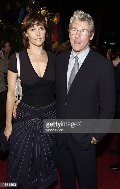 Carey lowell imgenes fotografas e imgenes de stock getty images actor richard gere and wife actress carey lowell attend the los angeles screening of the film voltagebd Choice Image