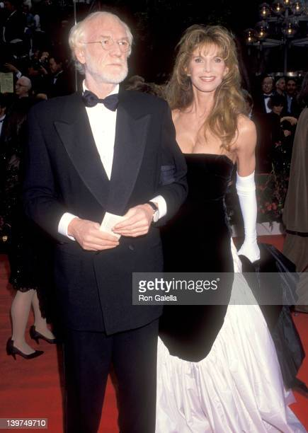 Actor Richard Harris and Actress Ann Turkel attend the 65th Annual Academy Awards on March 29 1993 at Dorothy Chandler Pavilion in Los Angeles...