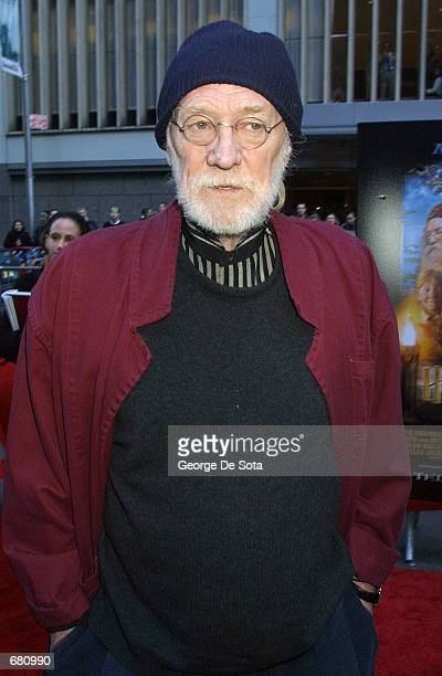 Actor Richard Harris attends the premiere of Harry Potter and the Sorcerer's Stone November 11 2001 at the Ziegfeld Theatre in New York City