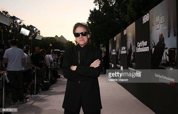 Actor Richard Lewis arrives at HBO's Curb your Enthusiasm Season 7 on September 15 2009 in Los Angeles California