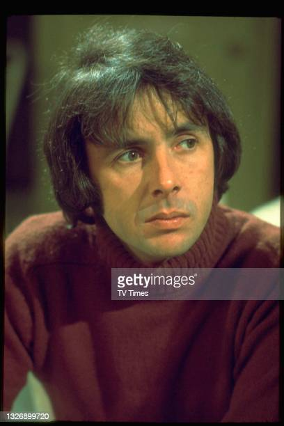 Actor Richard O'Sullivan in charcter as Robin Tripp on the set of sitcom Robin's Nest, circa 1980.