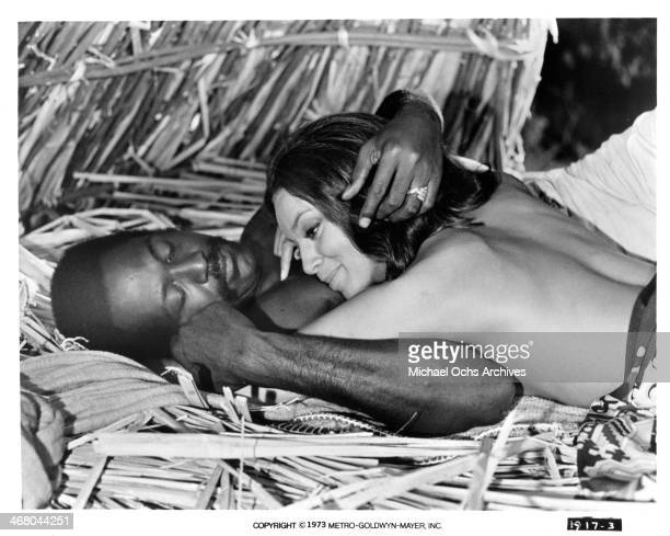 """Actor Richard Roundtree and actress Vonetta McGee on set of the movie """"Shaft in Africa """", circa 1973."""