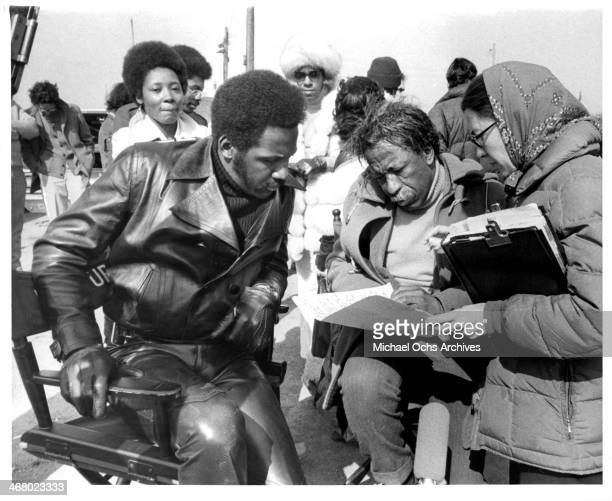 Actor Richard Roundtree and director Gordon Parks behind the set of the movie 'Shaft's Big Score' circa 1972