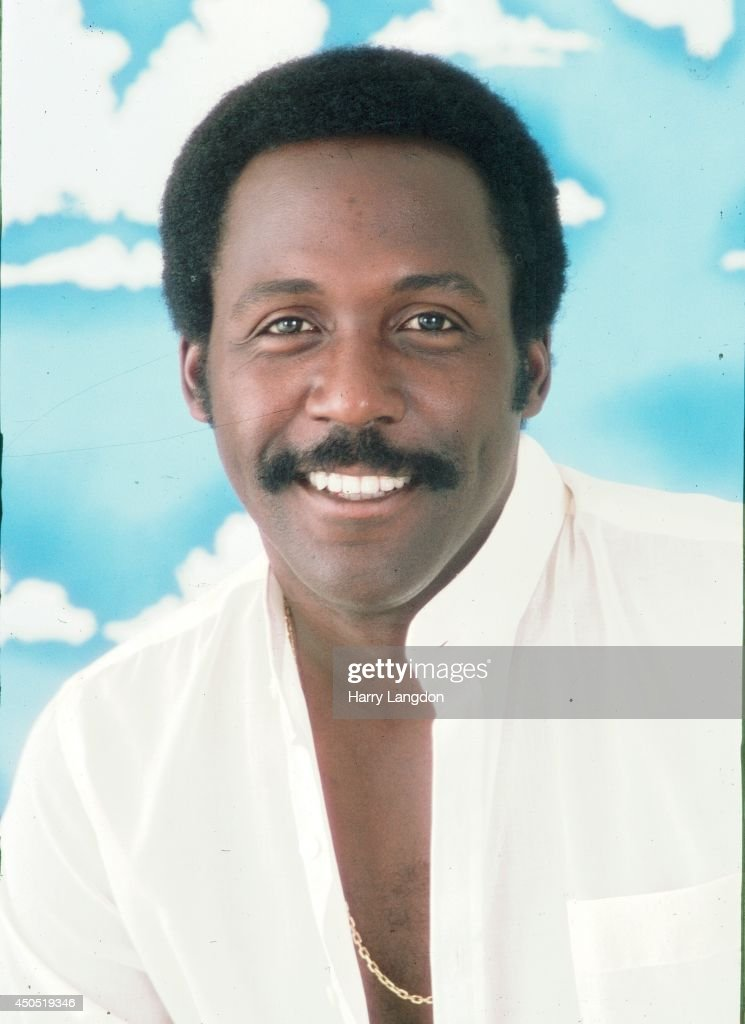 Actor Richard Roundtree poses for a portrait in 1985 in Los Angeles, California.