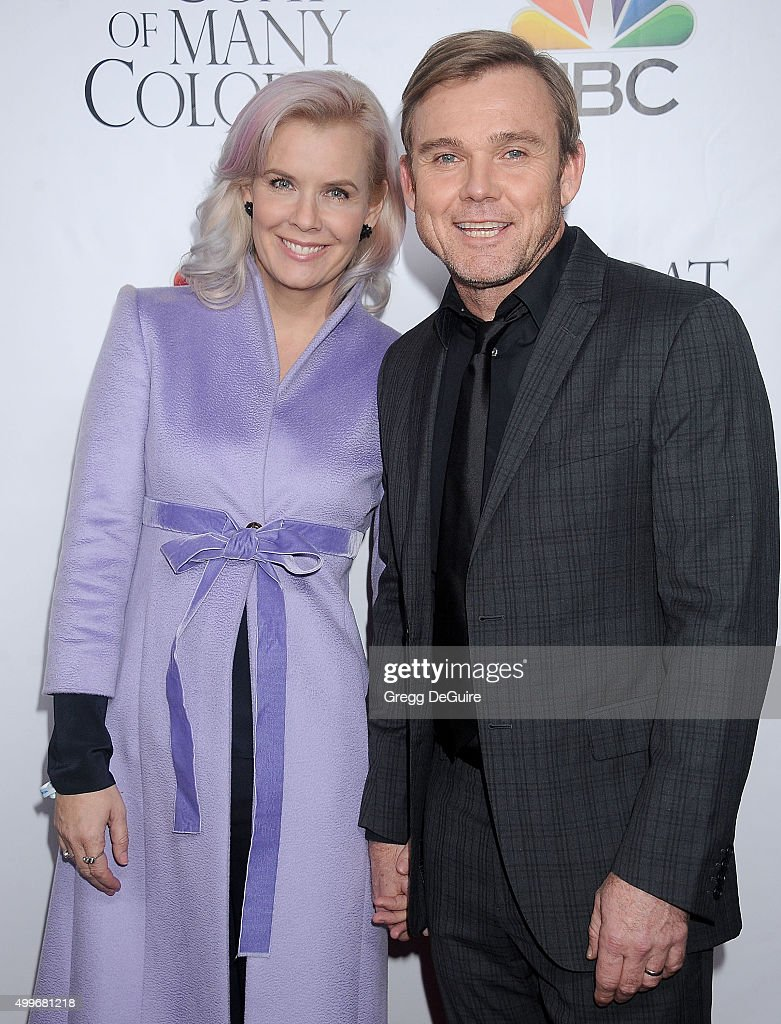 "Premiere Of Warner Bros. Television's ""Dolly Parton's Coat Of Many Colors"" - Arrivals : News Photo"