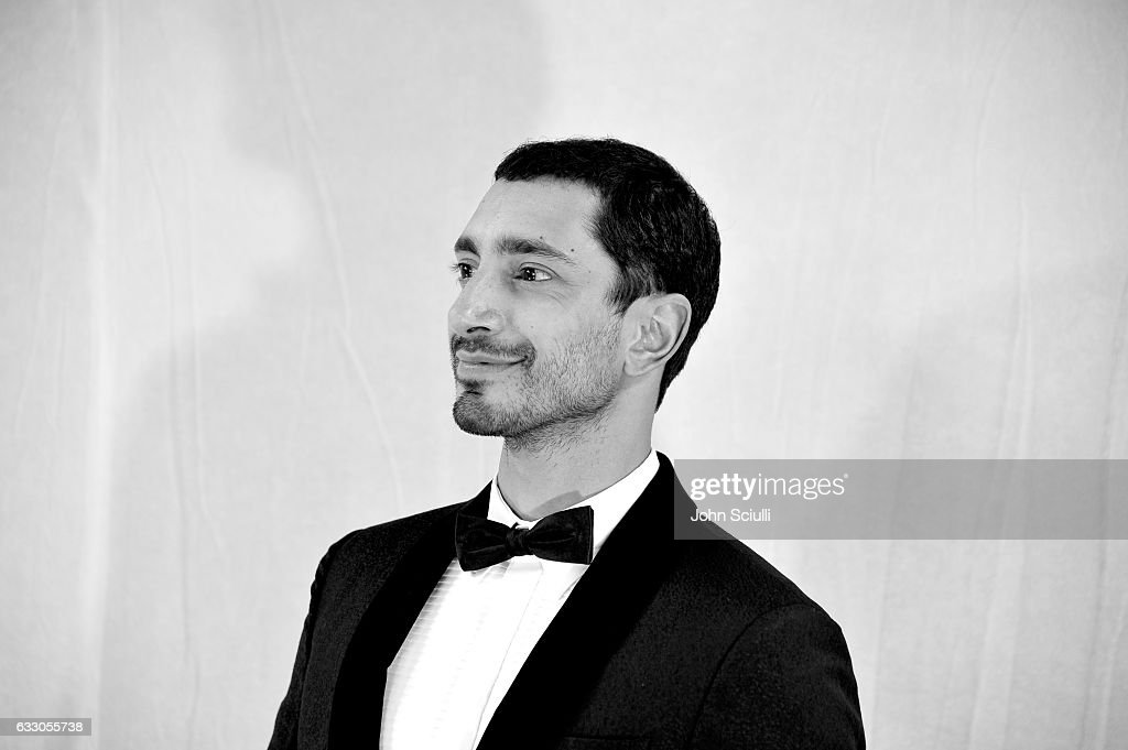 The 23rd Annual Screen Actors Guild Awards - Piano Room : News Photo