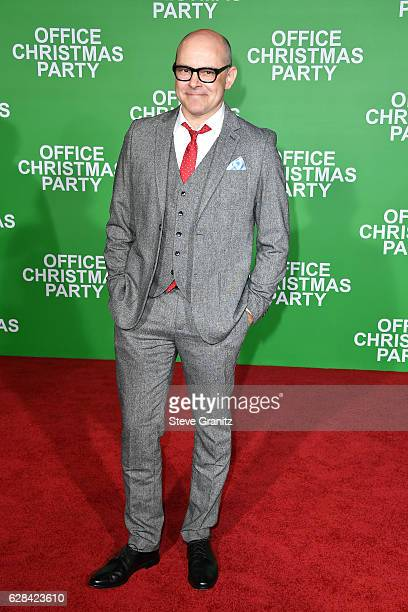 Actor Rob Corddry attends the premiere of Paramount Pictures' 'Office Christmas Party' at Regency Village Theatre on December 7 2016 in Westwood...