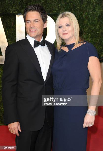 Actor Rob Lowe and wife Sheryl Berkoff arrive at the Vanity Fair Oscar party hosted by Graydon Carter held at Sunset Tower on February 27 2011 in...